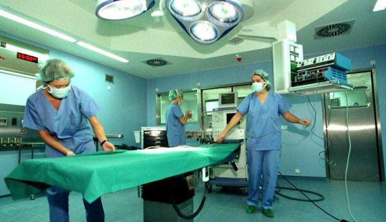 Un Juzgado condena a la Consejería de Sanidad de Galicia por las largas listas de la sanidad pública.